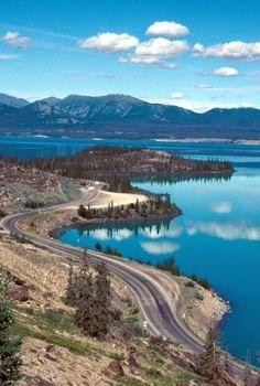 Kluane Lake, Yukon Territory,Canada