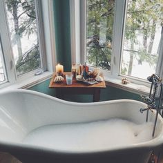 Best Bath Bomb for Every Occasion Who knew a bath bomb could do so much? Here, our top 12 picks for de-stressing, energizing, moisturizi Home Design, Interior Design, Modern Design, Best Bath, Beautiful Bathrooms, White Bathrooms, Luxury Bathrooms, Master Bathrooms, Dream Bathrooms