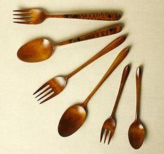 Masahiro HIraoka spoons and forks Wooden Ladle, Wood Creations, Wooden Kitchen, Bakeware, Handmade Wooden, Modern Rustic, Utensils, Kitchenware, Artisan