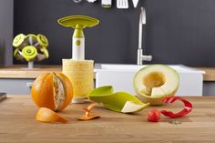 Tomorrow's Kitchen Fruit Set Bestellen? Fruit Sets Cookinglife Pineapple Slicer, Strawberry Huller, Candle Holders, Sweet Home, Eat, Kitchen, Image, Products, Shopping