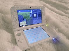 This is a ready pretty 3ds.  Totally captures the essence if Animal Crossing