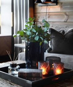 Cabin Chic, Chalet Style, Cabin Interiors, Home Staging, Table Centerpieces, Hygge, Decoration, Home Interior Design, Sweet Home