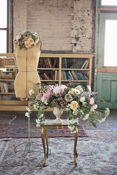 Romantic industrial wedding inspiration   Photo by Hudson Nichols Photography   Read more - http://www.100layercake.com/blog/wp-content/uploads/2015/03/Industrial-Romance-Wedding-inspiration