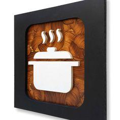 Quadro Culinária e Arte II - Trio 30x30    Conjunto de 3 quadros decorativos com desenhos originais de pão, xícara de café e panela, em pintura acrílica e esmalte sobre mdf, em relevo, fundo marrom mesclado e moldura preta. Acompanha furo para pendurar o quadro. Não possui vidro.    Medidas cada ...