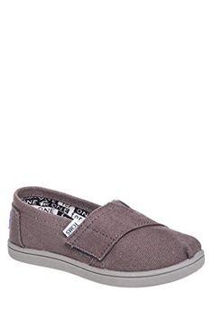 TOMS Kid's Classic Slip-On Shoe (Little Kid/Big Kid)