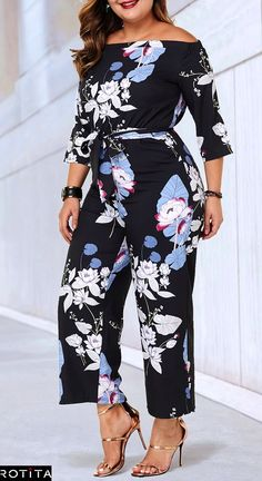 When you have a night event and you don't know what to wear this plus size Flower Print jumpsuit is going to save your life. size outfits videos Flower Print Black Plus Size Belted Jumpsuit Plus Size Jumpsuit, Jumpsuit With Sleeves, Plus Size Casual, Plus Size Tops, Casual Wear, Casual Outfits, Fashion Outfits, Curvy Outfits, Plus Size Outfits