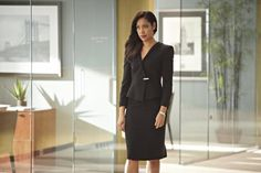 gif gina torres jessica lourdes pearson jessica pearson suits suits ...