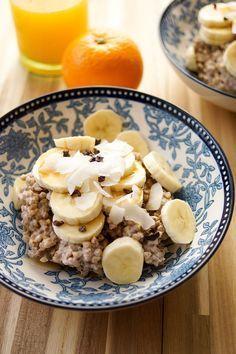 Geröstetes Buchweizen Porridge Rezept mit Bananen, Kasha-Porridge, Glutenfrei, Vegan, Gesund, Low-Fat