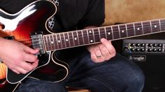 How to Play Fast Blues Licks on guitar a la Stevie Ray Vaughan and Joe B...