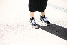 La chica de ayer Victoria Beckham, Vans Old Skool, Street Style, Sneakers, Runway, Shoes, Fashion, Templates, Tennis