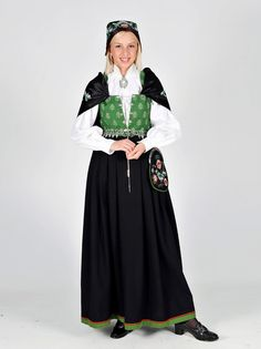Folk Costume, Costumes, Norwegian Clothing, Folk Clothing, Ethnic Dress, Bridal Crown, Traditional Outfits, Norway, Scandinavian