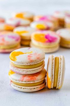 Fancy Desserts, No Bake Desserts, Just Desserts, Macaron Flavors, Baking Classes, Macaroon Recipes, Ice Cream Cookies, Gf Recipes, Spring Recipes