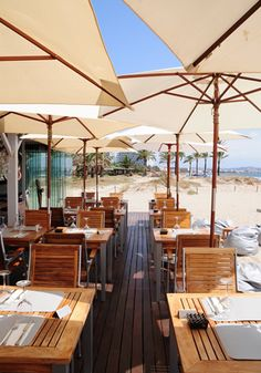 Ibiza restaurant Nassau Beach Club, luxury dining by the beach