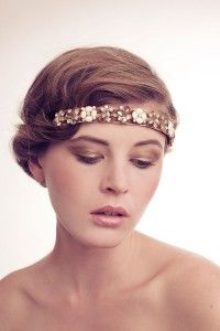 Perfect for Gatsby event Headband Hairstyles, Wedding Hairstyles, Hairdos, Bridal Hair And Makeup, Hair Makeup, Party Like Gatsby, How To Wear Headbands, Flapper Style, 20s Style