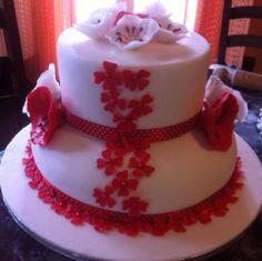 Torta in pdz con crema chantilly e fragole