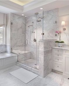 Enchanting luxurious master bathroom home decorating tips for baths and small bathroom. Mansion master bathroom to inspire your dream cutting-edge, romantic, and elegant decor for the dream spa luxury bathroom. Zen master bathroom with a jacuzzi and steam Bad Inspiration, Bathroom Inspiration, Dream Bathrooms, Small Bathroom, Bathroom Tubs, Bathroom Vanities, Bathroom Ideas, Master Bathrooms, Bathroom Organization