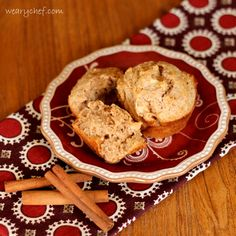 Apple Cinnamon Sour Cream Muffins - These moist, low sugar muffins are a healthy, delicious start to your day! (made with Bob's red mill all purpose gf flour) Mexican Sour Cream, Sour Cream Dip, Breakfast Dessert, Breakfast Recipes, Dessert Recipes, Picnic Recipes, Breakfast Healthy, Brunch Recipes, Breakfast Ideas