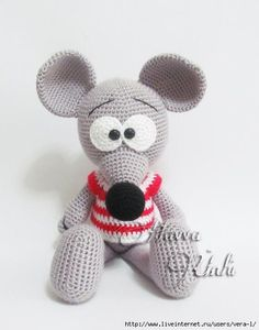Amigurumi Crochet Patterns for Handmade Dolls and Toys door HavvaDesigns Crochet Patterns Amigurumi, Amigurumi Doll, Crochet Dolls, Rat Toys, Crochet Mouse, Cute Mouse, Stuffed Animal Patterns, Crochet For Kids, Crochet Animals