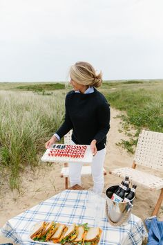 Fourth of July a Few Ways — Abby Capalbo New England Fourth of July Nantucket Looms Coastal Living b Adrette Outfits, 4th Of July Outfits, Fourth Of July, Casual Outfits, Prep Style, Estilo Gossip Girl, Estilo Preppy, New England Style, New England Fashion