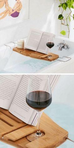 Trends Diy Decor Ideas : Un plateau pour baignoire avec support pour verre de vin gant de toilette savo