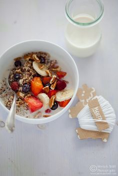 Almond Milk Quinoa Breakfast with Fresh Fruit & Toasted Pecans by What's For Lunch, Honey?