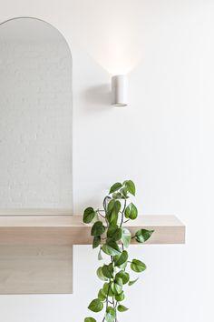 Interior Inspiration, Room Inspiration, Entry Nook, Interior Styling, Interior Design, Interior Photography, Diy Bedroom Decor, Home Decor, Bedroom Ideas