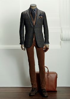 Pin by wesley smith jr on hook it up mode homme hiver, vêtements homme, ves Gentleman Mode, Gentleman Style, Dapper Gentleman, Sharp Dressed Man, Well Dressed, Mens Fashion Suits, Mens Suits, Costume En Lin, Fashion Business