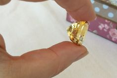 Fantastic and Big Golden Yellow Citrine. Oval Cut. 17.43 ct.