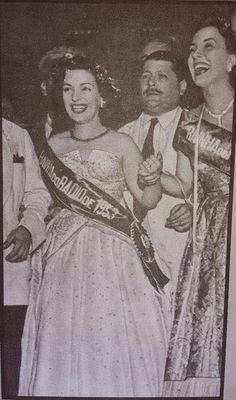 Rainhas do Radio - Emilinha Borba a Rainha do Radio em 1953.