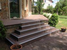 Lame terrasse en bois composite | MDSA-France Marron chocolat escalier finition Profil F