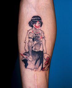 Oozy is a South Korean tattoo artist. He usually makes Blackwork tattoos. Manga Tattoo, Anime Tattoos, Tattoo Drawings, Body Art Tattoos, Cool Tattoos, Tatuaje Studio Ghibli, Studio Ghibli Tattoo, Tattoo Sleeve Designs, Sleeve Tattoos