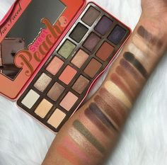 Sweet Peach palette by Too Faced // Patrizia Conde