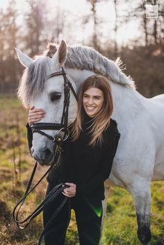 Luiza Almeida Luiza Almeida - Art Of Equitation Cute Horses, Horse Love, Beautiful Horses, Animals Beautiful, Horse Girl Photography, Equine Photography, Animal Photography, Horse Senior Pictures, Horse Photos