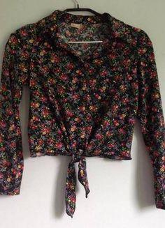 Kup mój przedmiot na #vintedpl http://www.vinted.pl/damska-odziez/koszule/9053252-krotka-koszula-w-kwiecisty-wzor