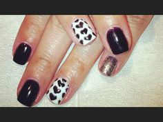 black nails, sparkles, hearts