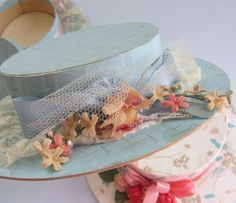 another vintage hat shaped candy box