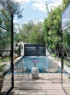 31 Water Walls For Your Outdoor Spaces | ComfyDwelling.com #PinoftheDay #WaterWalls #water #walls #outdoor #spaces