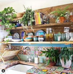 Awesome Bohemian Kitchen Design Ideas For Comfortable Cooking – Best Home Decorating Ideas - Page 35 Boho Kitchen, Rustic Kitchen, Hippie Kitchen, Rustic Home Interiors, Kitchen Colors, Kitchen Ideas, Kitchen Interior, Home Kitchens, Kitchen Remodel