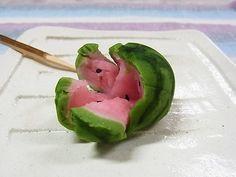 スイカ割り(練り切り) 夏の上生菓子 茶菓子 和菓子 Japanese sweet; watermelon