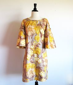 Vintage 60s Mod Dress Shift Dress Flower by StraylightVintage