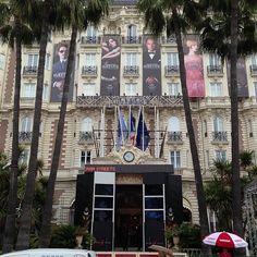 Hotel Facade Gatsby Photo by gomifb