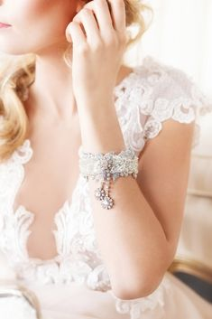The perfect bridal bracelet for the vintage bride who wants to make a statement with her bridal accessories.