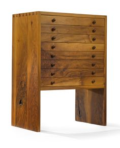 Beautiful dresser by George Nakashima. Funky Furniture, Cabinet Furniture, Art Furniture, Wooden Furniture, Vintage Furniture, Furniture Design, Woodworking Furniture, Furniture Inspiration, Wood Design