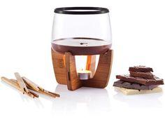 Set fondue chocolate Cocoa Cocoa es un set fondue que incrementará el placer de los postres. Incluye 4 varas y una vela para ser utilizadas tanto con amigos como para una velada romántica. Diseño registrado® #promopresent #regalosdeempresa