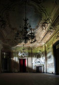 I'd love to have a wedding in an abandoned mansion