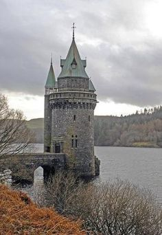 Lake Vyrnwy Castle, Wales by VenusV