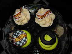 Hot Wheels Party, 2nd Birthday Parties, Facebook, Desserts, Food, Tailgate Desserts, Deserts, Essen, Postres