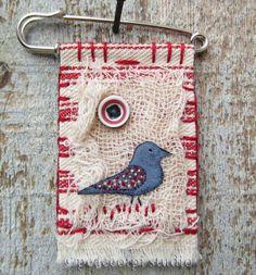Bird Fabric Brooch with kilt pin | peaceofpi studio