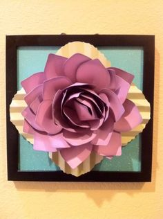 Wall hanging made with Giant Flower cartridge; project created by Courtney Lane Designs #cricut