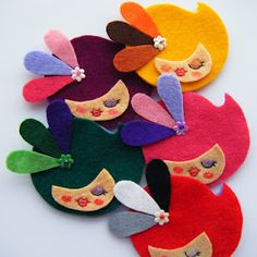 Felt Brooches love this!!